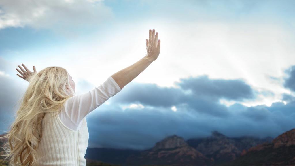 متن عاشقانه و جملات عارفانه کوتاه، بلند و انگلیسی درباره خدا برای بیو