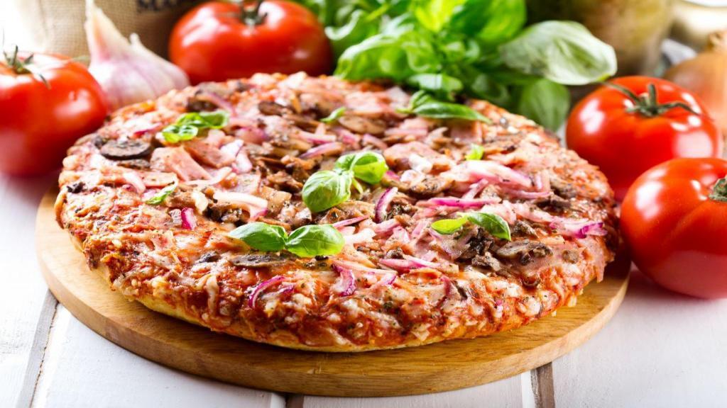 طرز تهیه پیتزا گوشت و قارچ خانگی خوشمزه و حرفه ای رستورانی