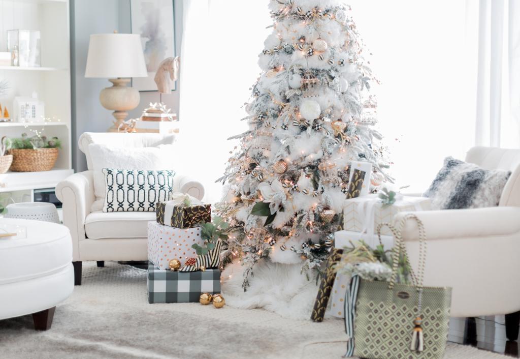 تزیین خاص درخت کریسمس طرح برف