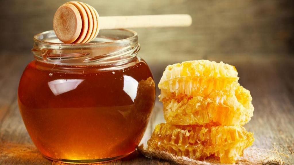درمان کیست تخمدان با عسل در خانه با 6 روش ساده و موثر