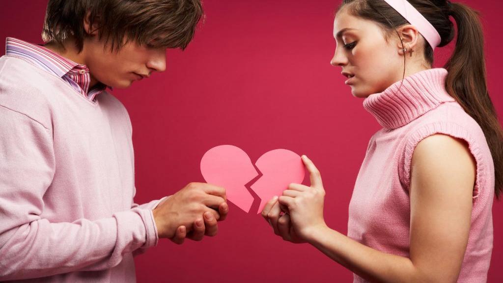 9 علامت که نشان می دهد در یک رابطه سمی و ناسالم هستید