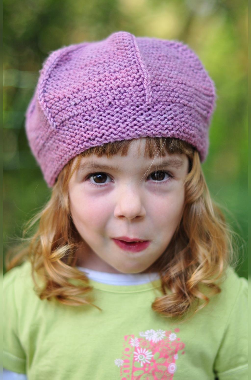 عکس مدل کلاه بافتنی نوزاد دختر