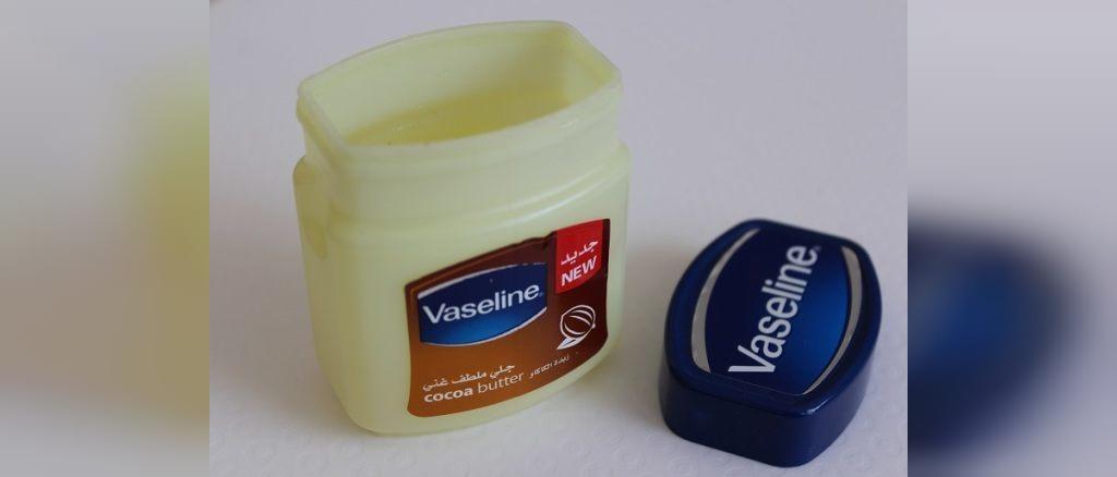 درمان های خانگی برای خشکی بینی
