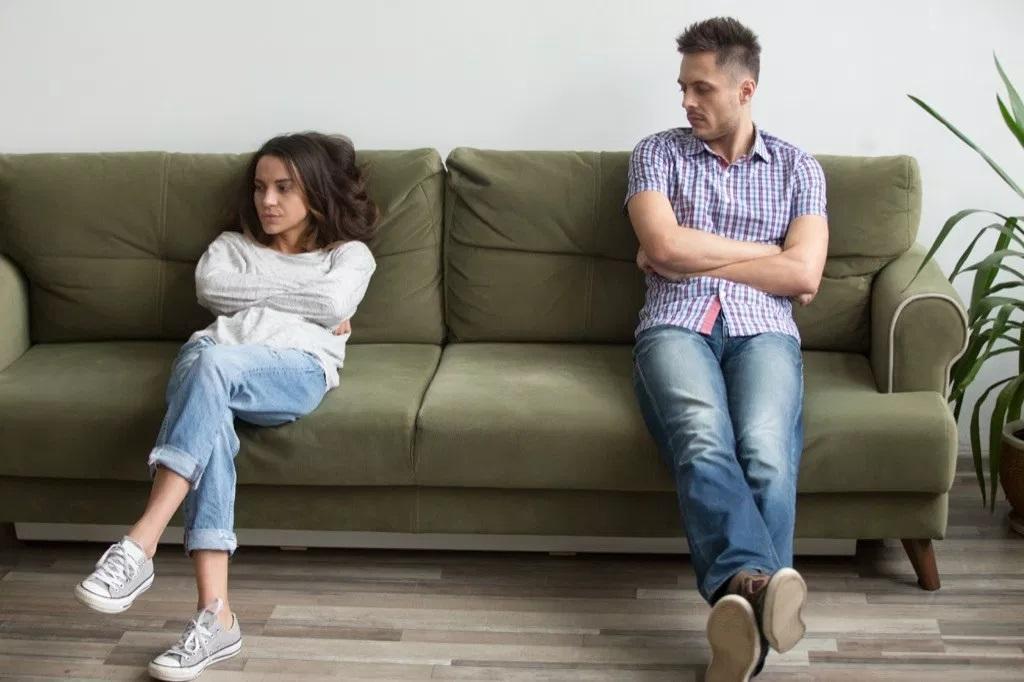 حرف هایی که هیچ وقت نباید وسط دعوا به همسرتان بگویید