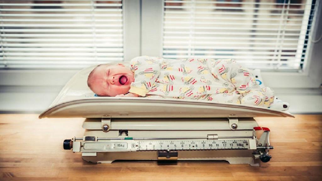 تولد نوزاد با وزن کم: دلایل، اثرات، تشخیص، روش درمان و پیشگیری از آن