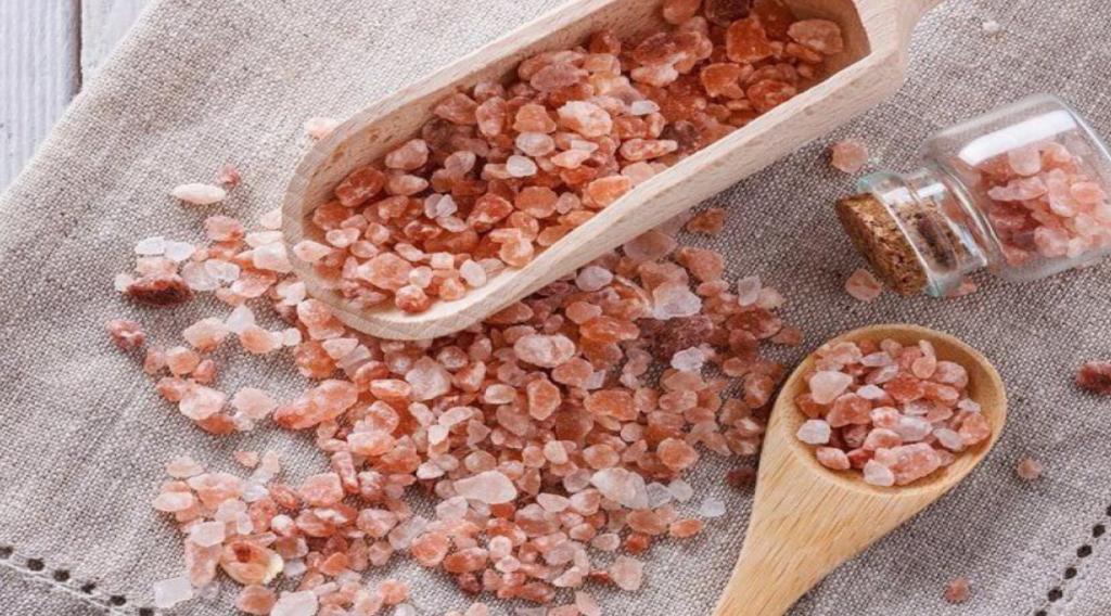 نمک صورتی هیمالیا چیست؟