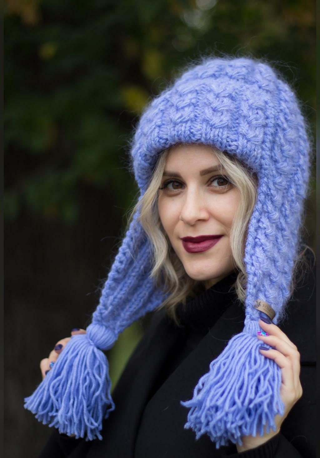 مدل کلاه بافتنی زنانه روی گوشی