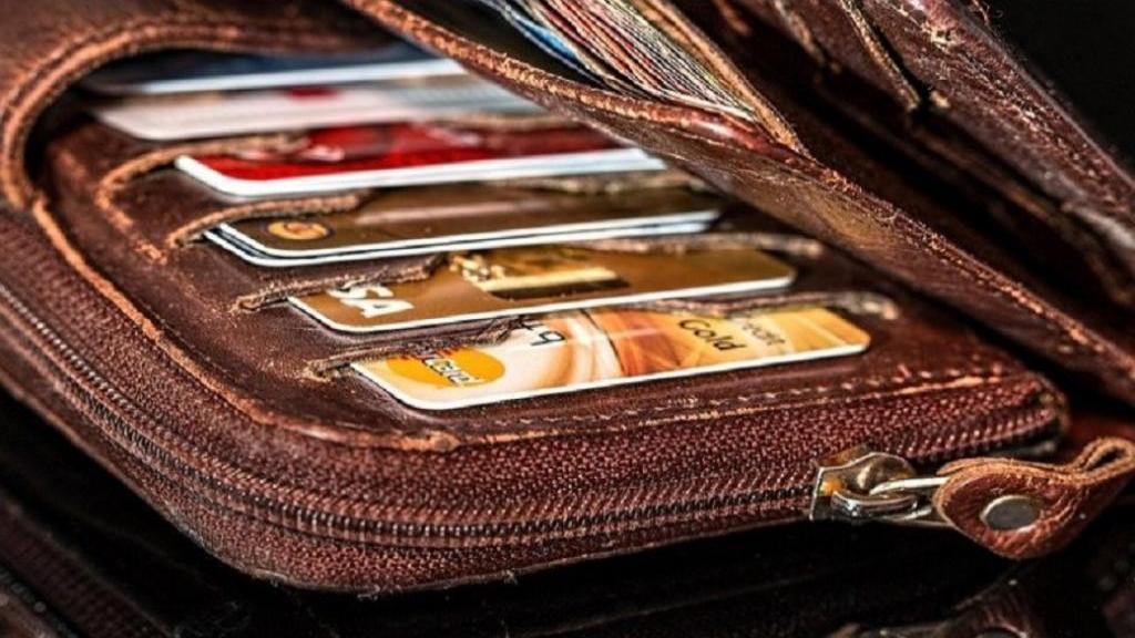 کیف مسدود کننده RFID چگونه از کارت اعتباری و اطلاعات مهم شما حفاظت می کند؟