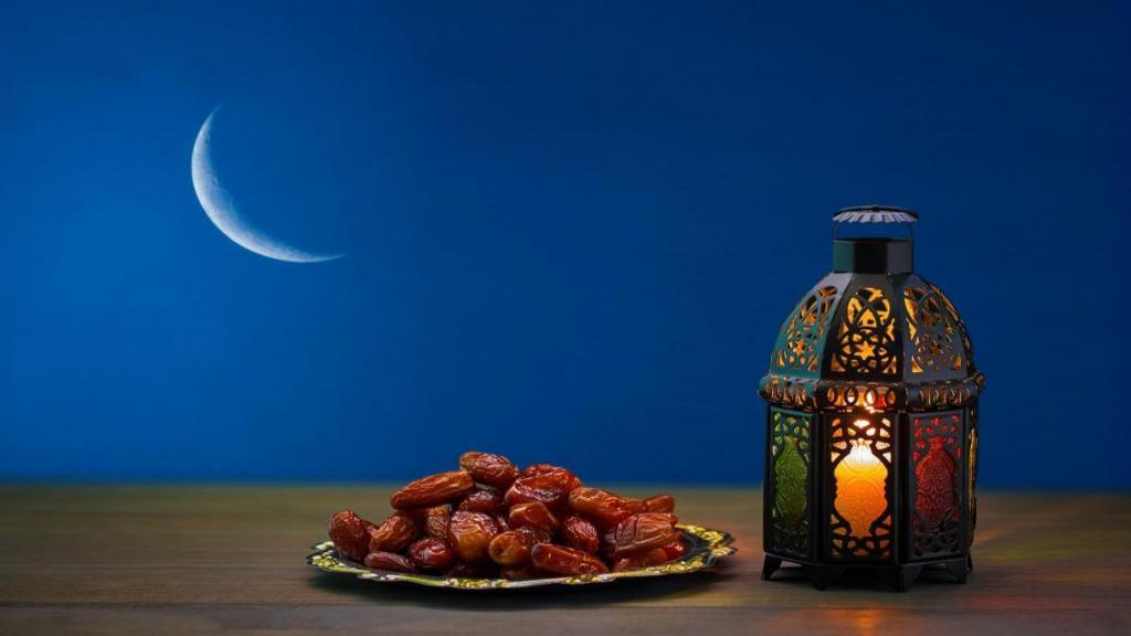 بهترین انشا در مورد ماه رمضان با مقدمه و نتیجه زیبا و کوتاه