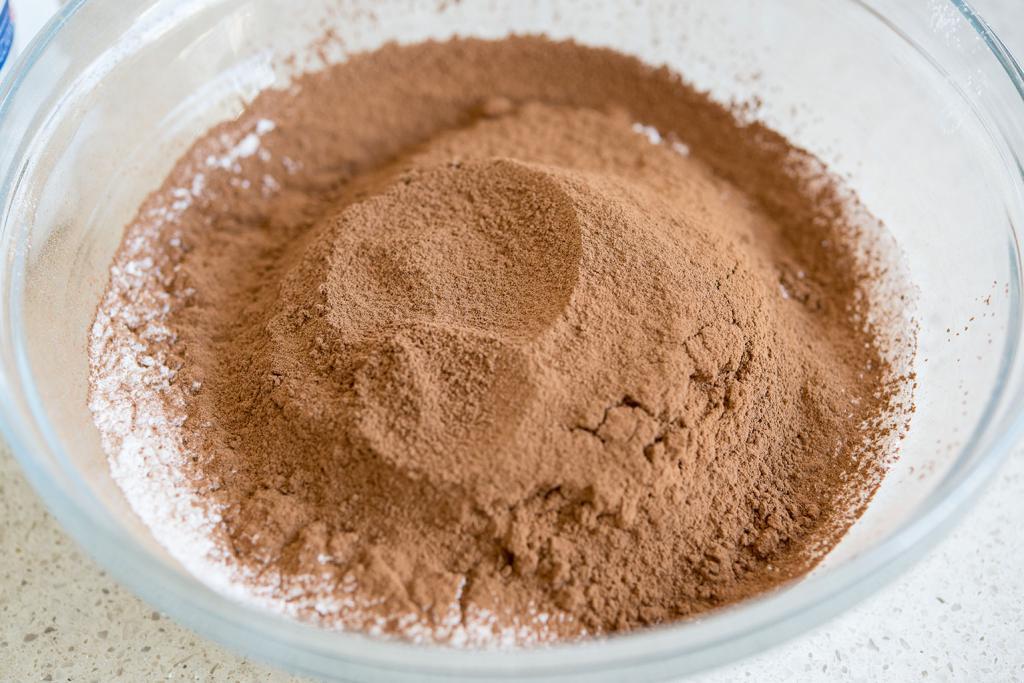 طرز تهیه خات چاکلت خانگی با پودر کاکائو