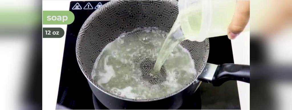 طرز تهیه شامیوی خانگی با استفاده از صابون کاستیل مایع