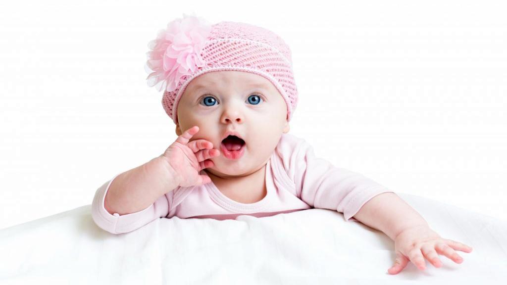 چگونه دختردار شویم ؛ روش های طب سنتی برای داشتن فرزند دختر