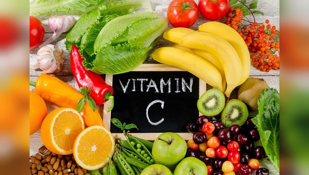 C منابع غذایی سرشار از ویتامین