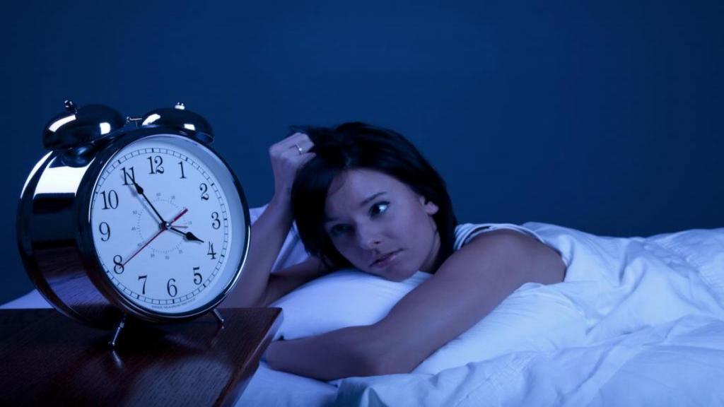 بی خوابی در نوجوانان، علل بی خوابی نوجوانان و راه های درمان آن