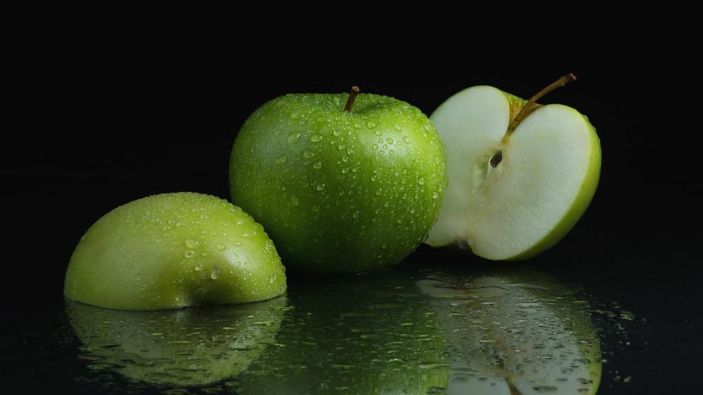 آیا مصرف سیب سبز در دوران بارداری مجاز است؟