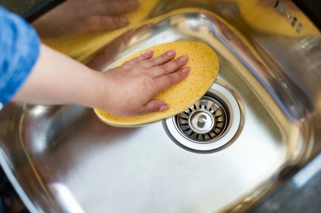 چگونه لکه های غذا و زنگ زدگی استیل را با بخار تمیز کنیم