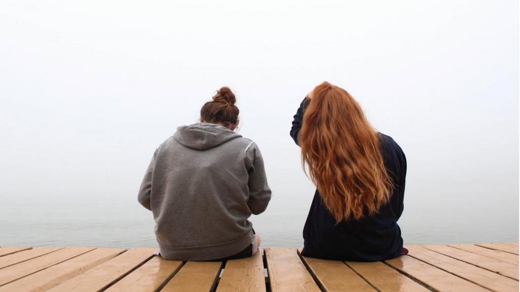 نکات دوست معمولی بودن پس از اتمام رابطه و جدایی با عشق قبلی