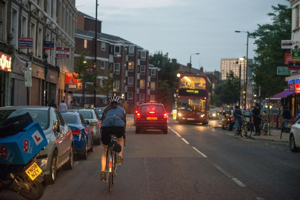 آیا دوچرخه سواری برای دختر ضرر دارد؟
