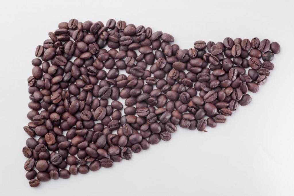 فواید نوشیدن قهوه در کاهش بیماریهای کبد