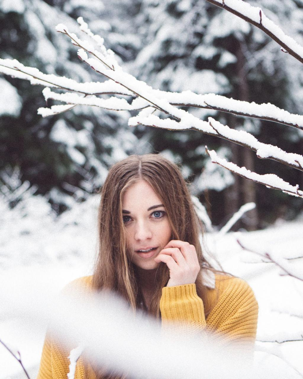 عکس زمستانی دخترانه خاص برای پروفایل