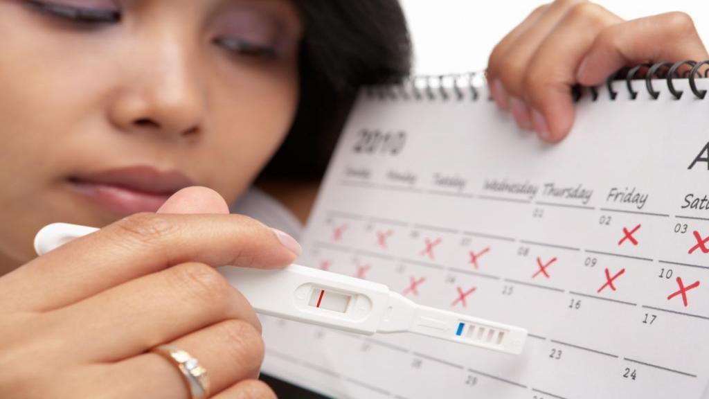 چه موقع می توانم تست بارداری بگیرم و تست های بارداری چگونه عمل می کنند؟