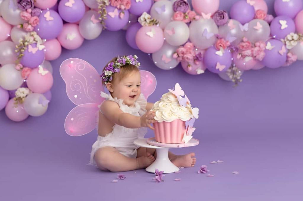 ژست عکس زیبا جشن تولد نوزاد دختر