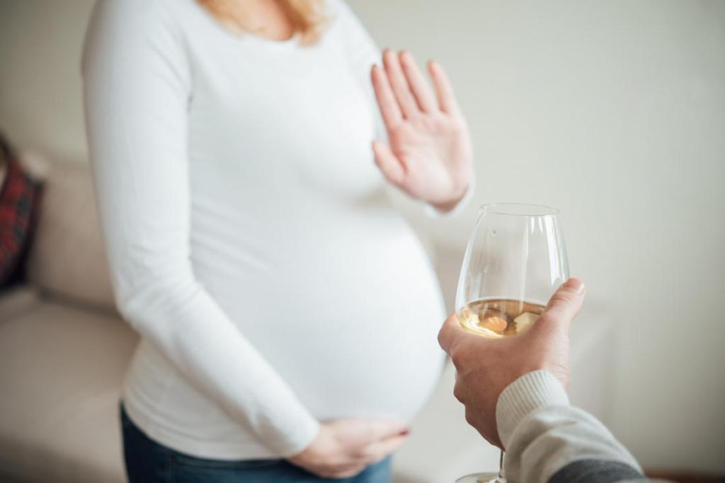 برای درمان ریفلاکس معده در بارداری الکل ننوشید