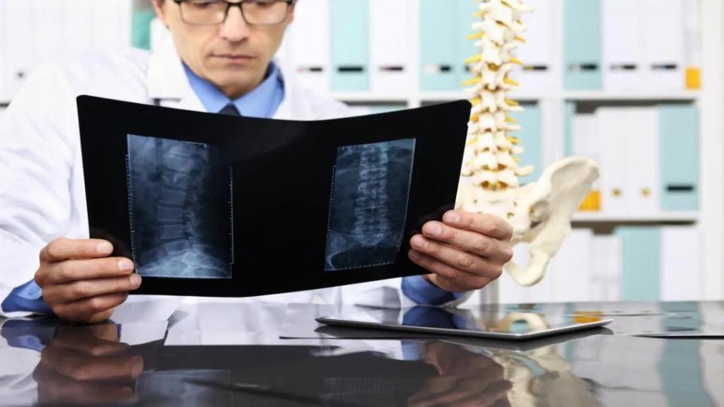 ضایعات استخوانی: انواع، علائم، علل، روش تشخیص و درمان آن