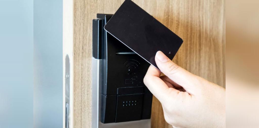 کلید اتاق از کثیف ترین وسایل در هتل ها