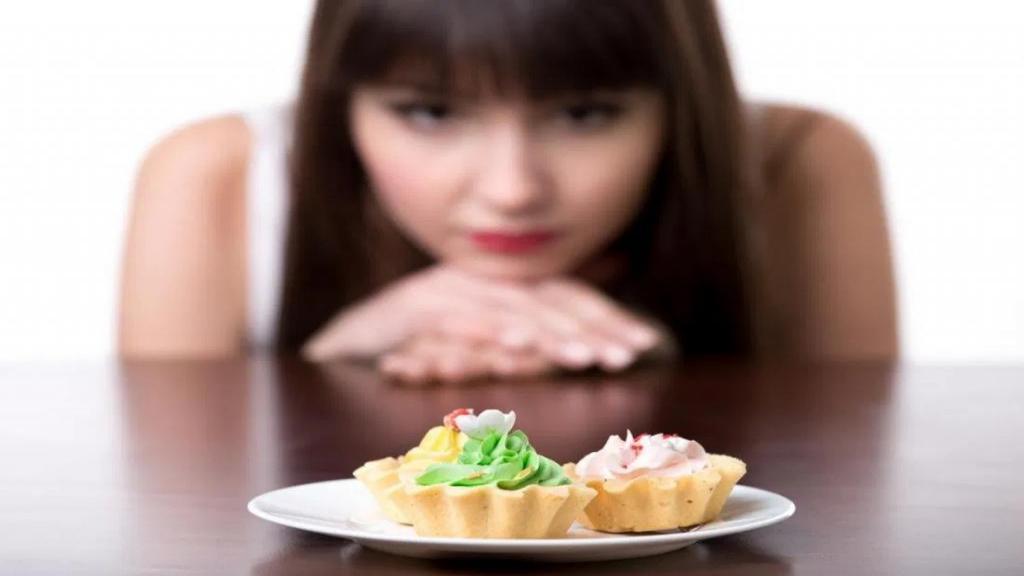 علل موثر در ولع غذایی و راه های کاهش هوس غذایی و گرسنگی زیاد