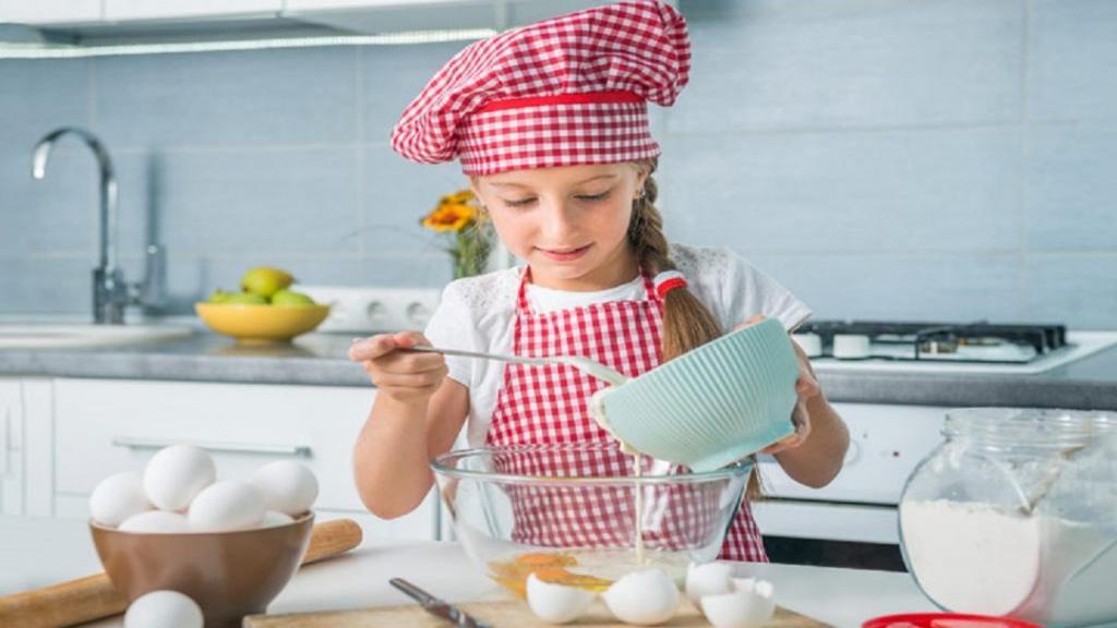 20 دستورالعمل برتر تهیه غذای سالم، آسان و خوشمزه با تخم مرغ برای کودکان