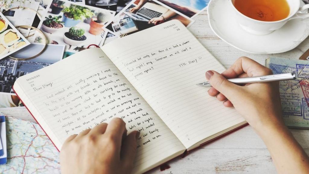 متن برای دفتر خاطرات با جملات عاشقانه و ادبی + عکس نوشته