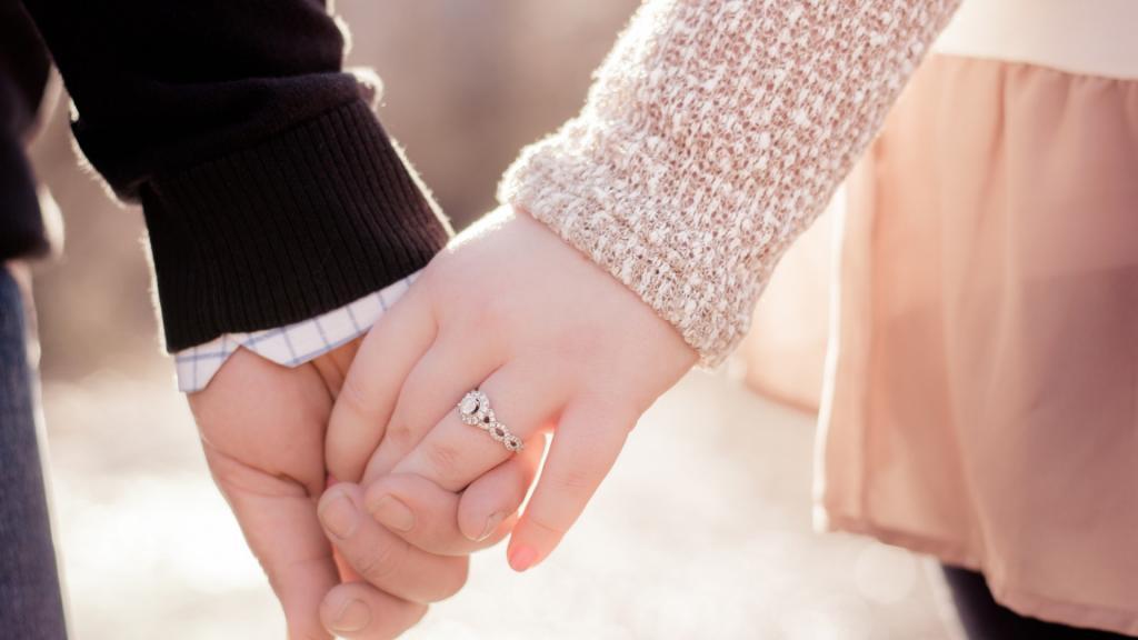 عکس ست دختر و پسر عاشقانه  دست در دست