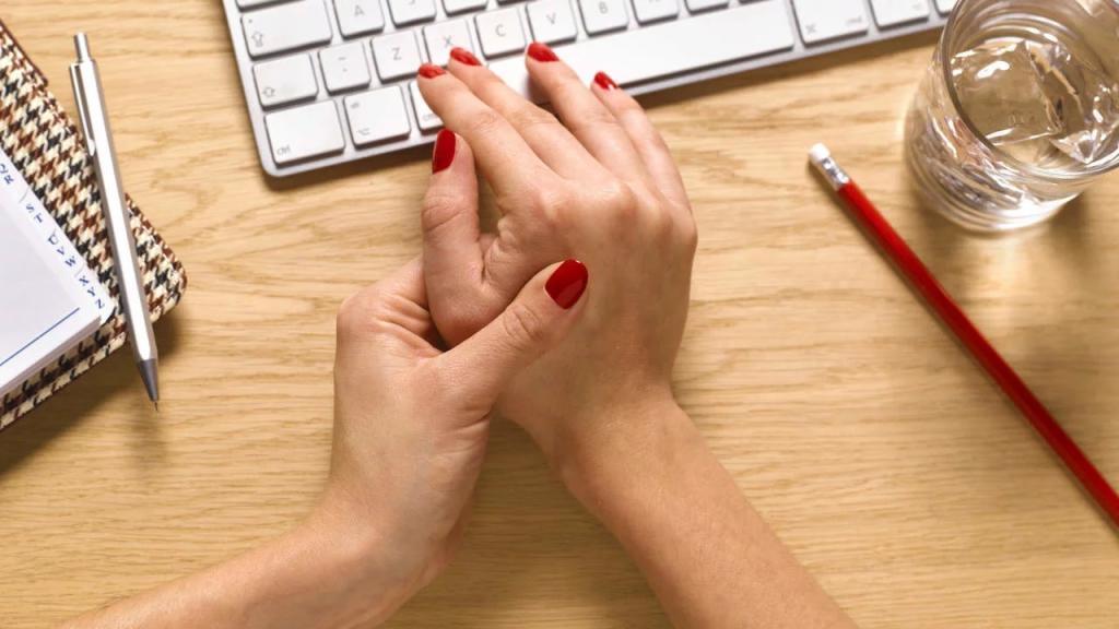 10 مورد از بهترین درمان های خانگی و ساده آرتریت (رماتیسم مفصلی) و علائم آن