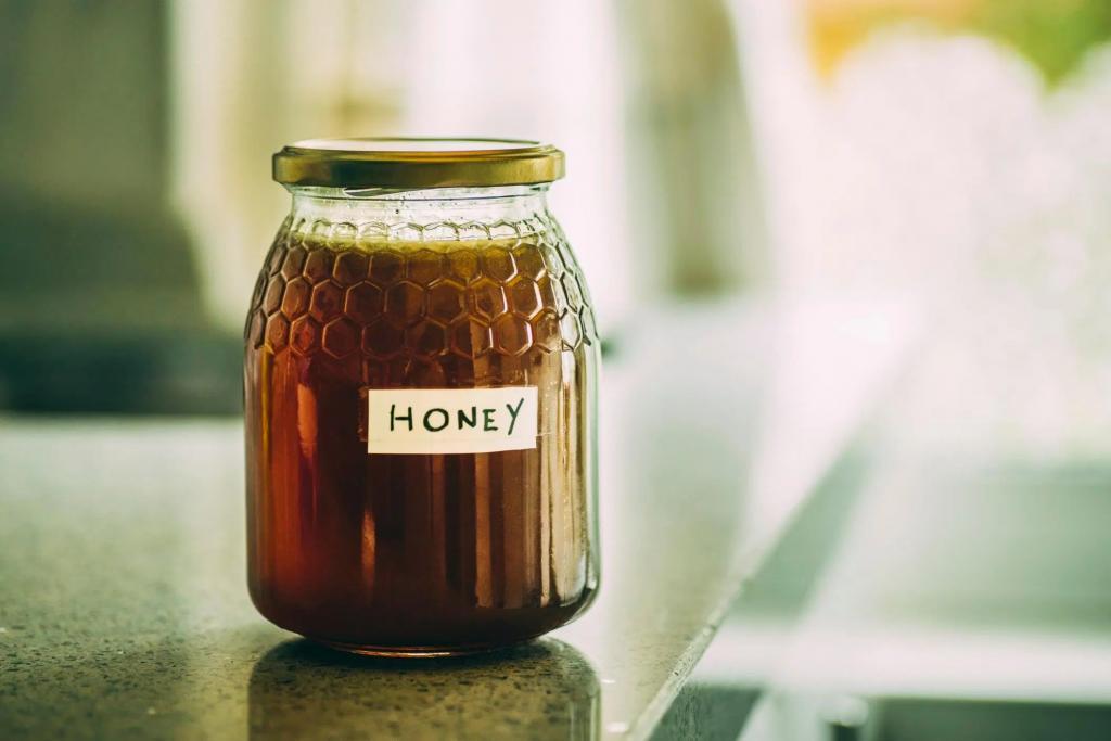تفاوت عسل خام با عسل معمولی