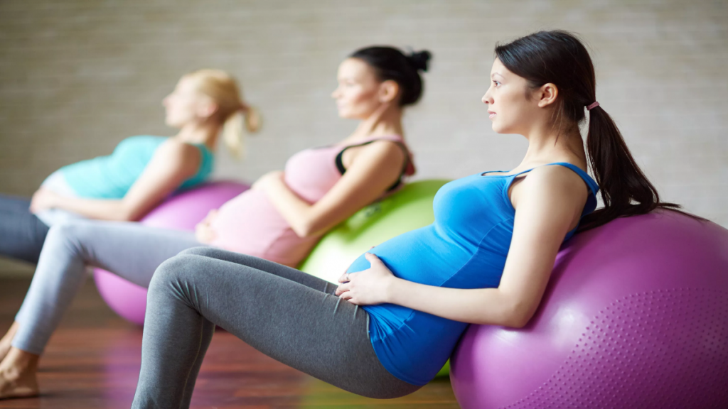 7 حرکت ورزش ساده برای بارداری و زایمان راحت و آسان
