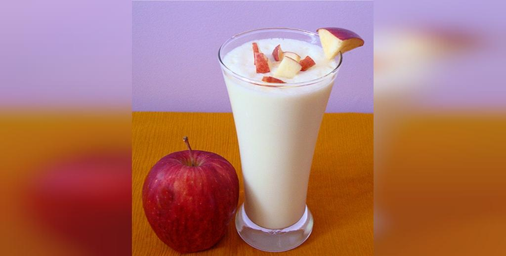 لطافت پوست با سیب و شیر