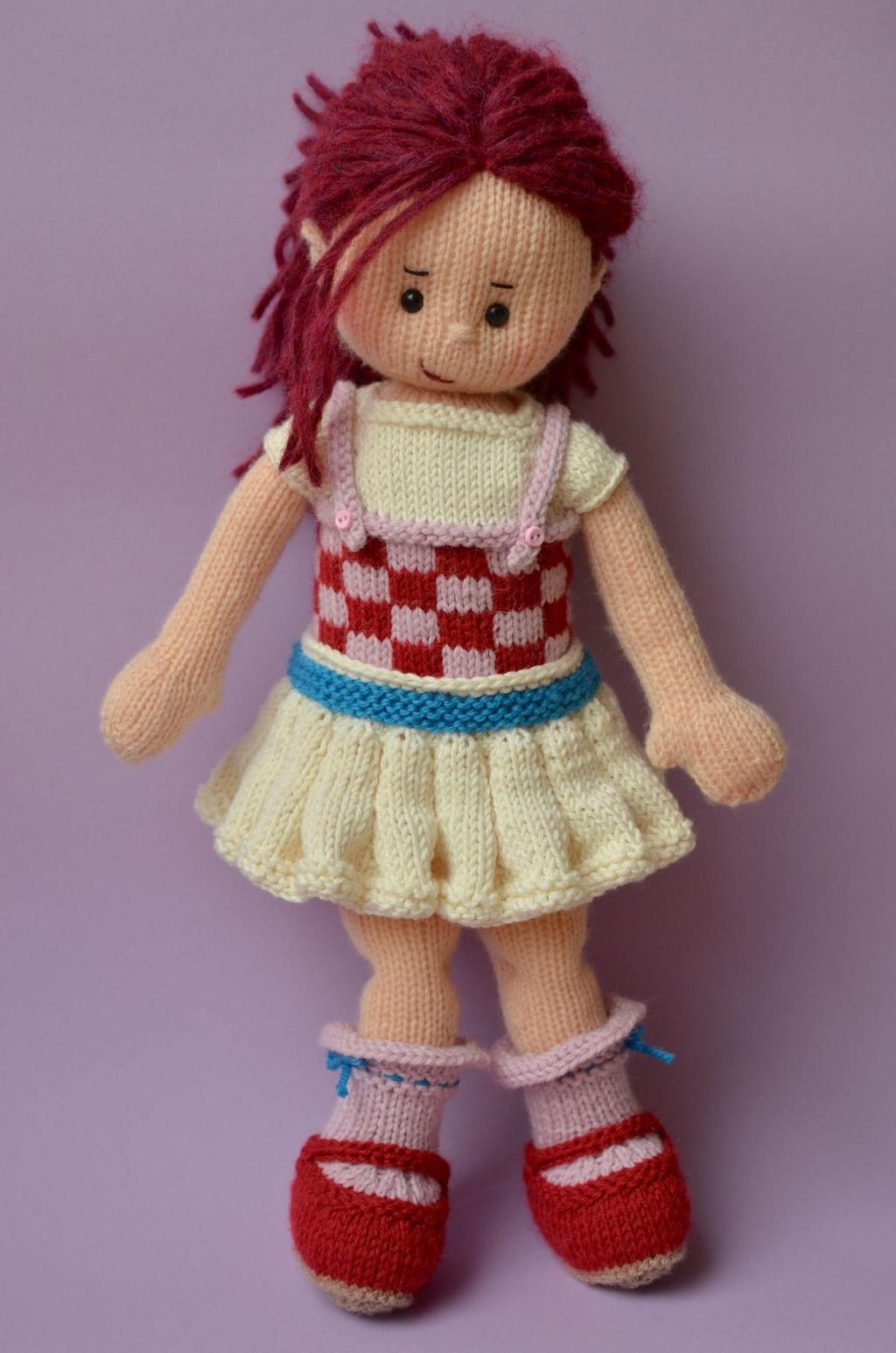 عکس عروسک بافتنی دختر مو قرمز