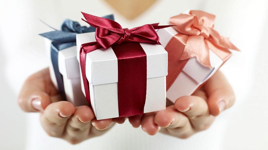 22 هدیه مفید، کاربردی و خاص برای روز تولد مادربزرگ ها