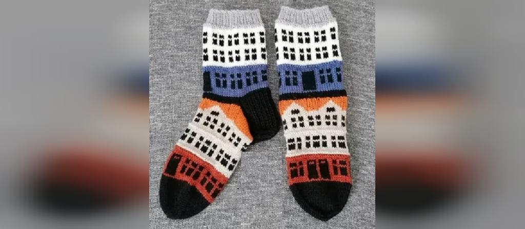 جوراب بافتنی