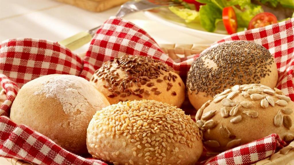 طرز تهیه نان بروتشن آلمانی