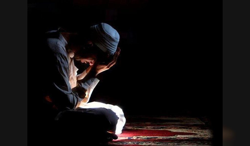 چگونه به ساده ترین روش نماز شب بخوانیم