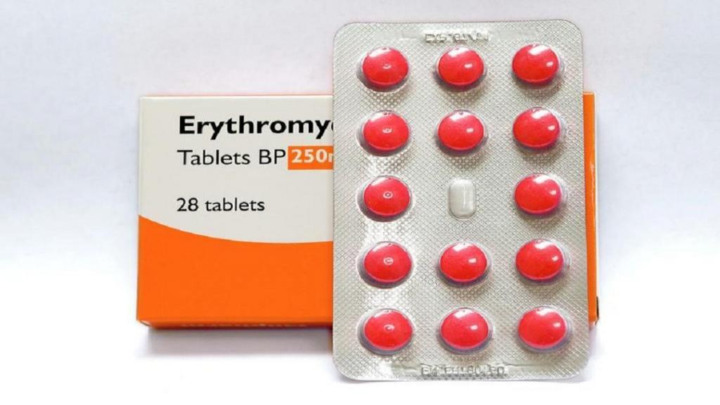 اریترومایسین (Erythromycin): موارد استفاده، روش مصرف و عوارض جانبی آن