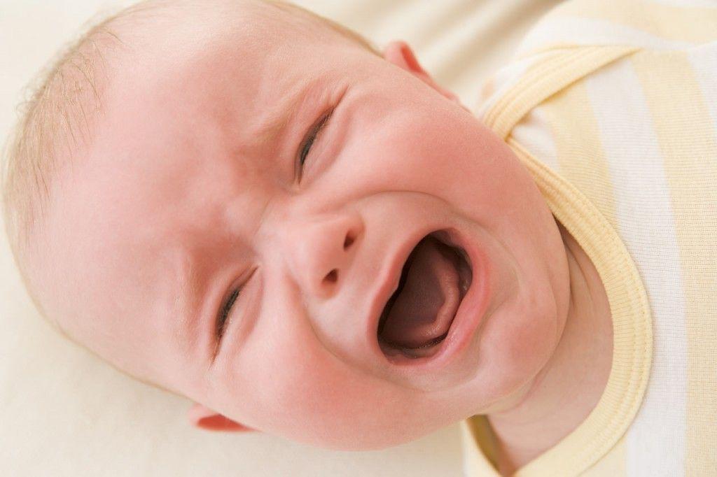 علامت گرمازده شدن نوزادان و کودکان و راه درمان آن