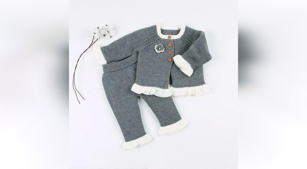 لباس بافتنی نوزاد دخترانه مدل بلوز و شلوار