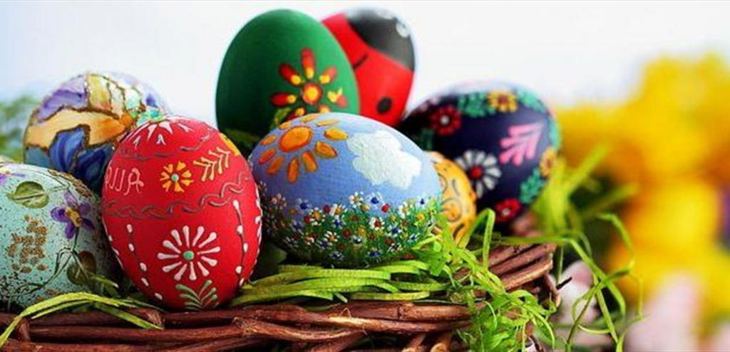 تزیین تخم مرغ برای عید نوروز به شکل گل