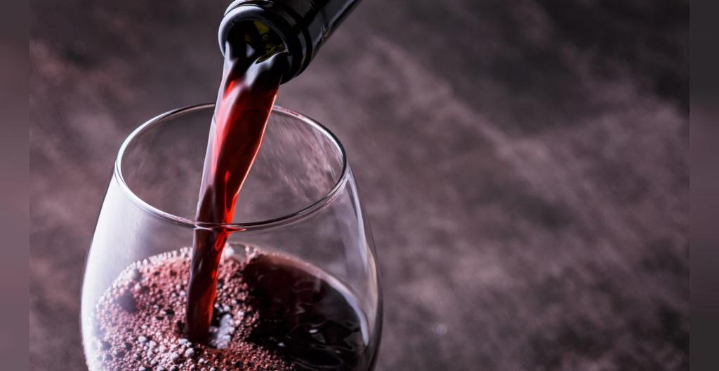 نوشیدنی های الکلی و افزایش احتمال ابتلا به سرطان