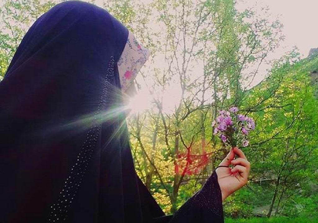 عکس پروفایل دختر چادری در بهار