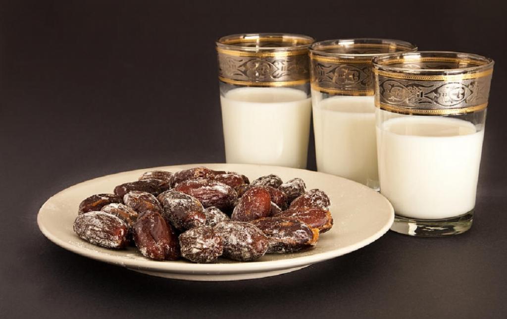رژیم شیر و خرما برای لاغری