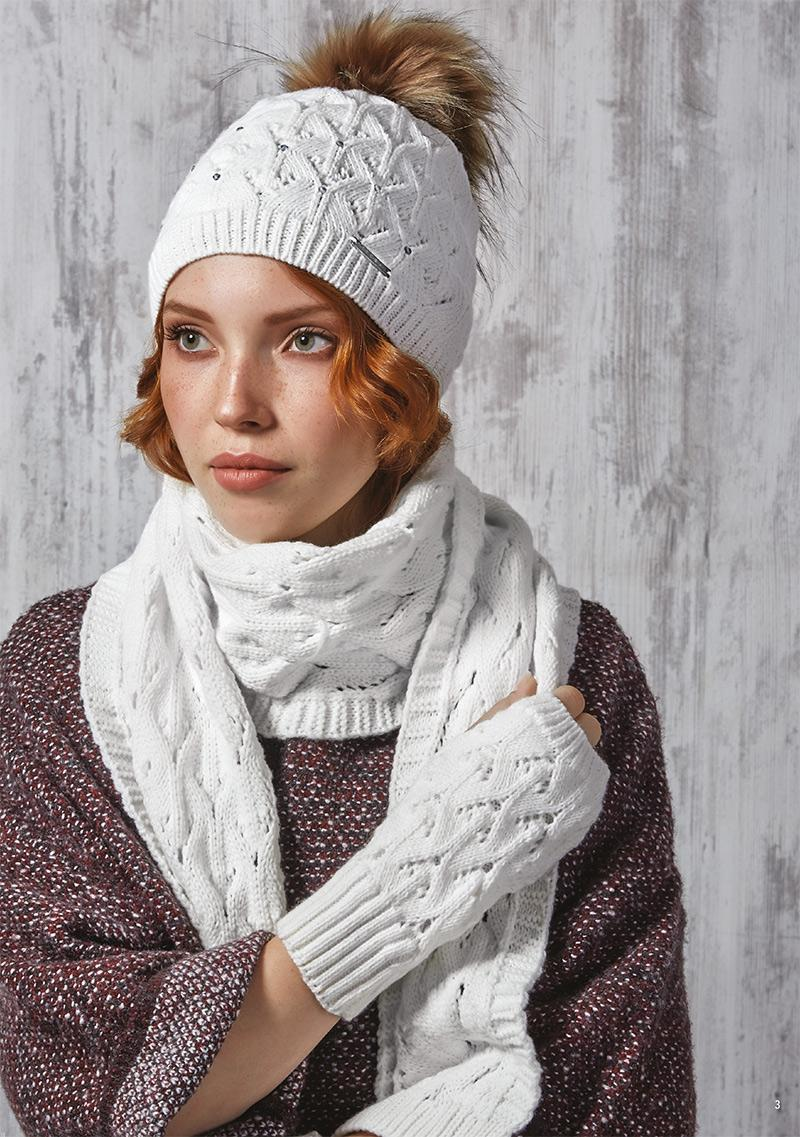 جدیدترین مدلهای شال و کلاه بافتنی زنانه